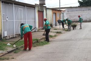 Prefeitura intensifica trabalhos de zeladoria na cidade (1)